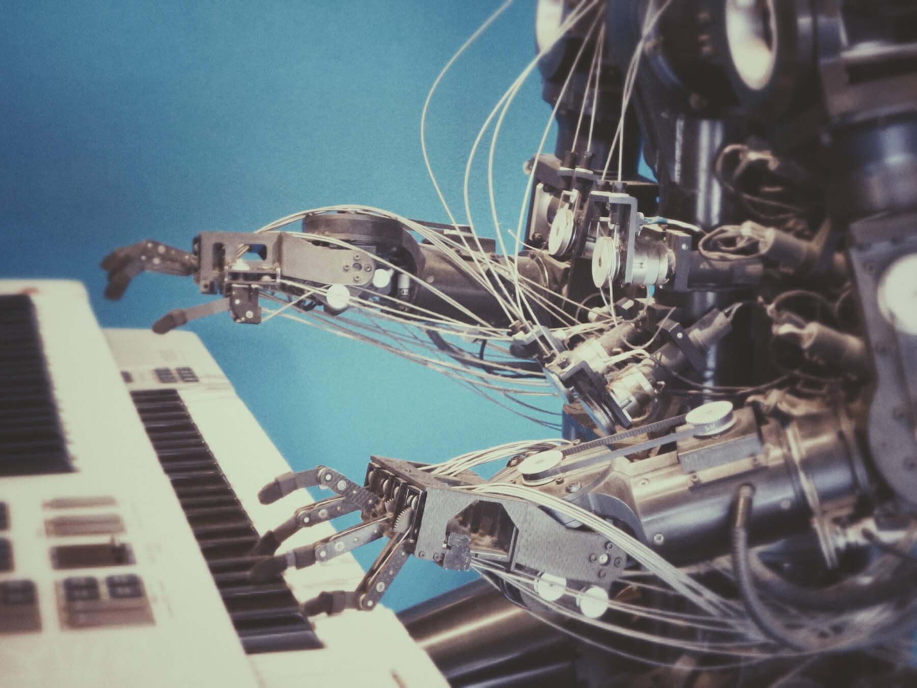 ¿Cuál es la diferencia entre Inteligencia Artificial, Aprendizaje Automático y Programática?